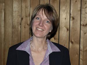 Chorleiterin Maria Huß